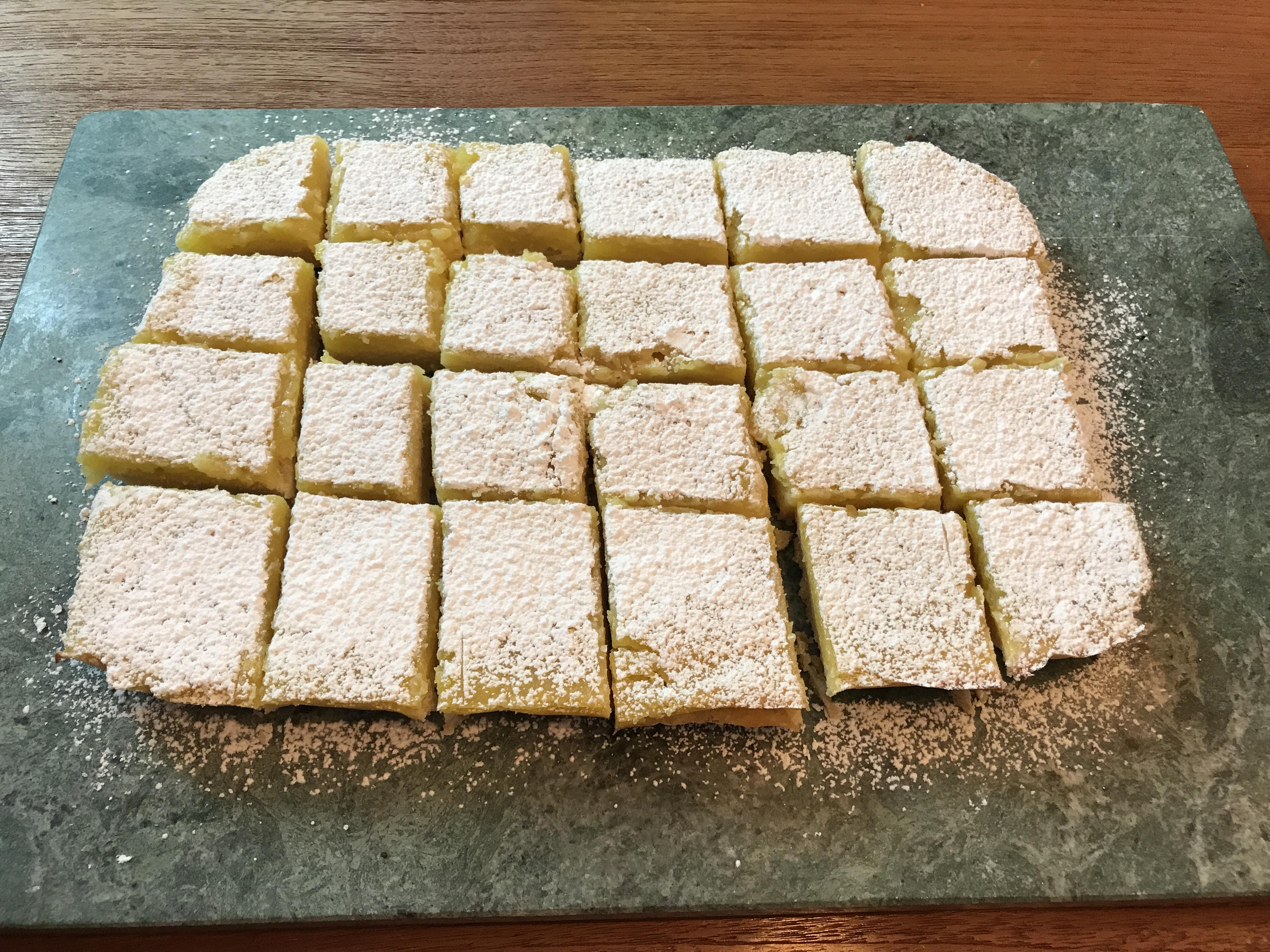 KitchAnnette Lemon Bars All Cut