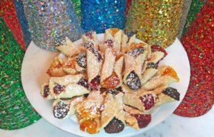 KitchAnnette Mini Fruit Tarts Holiday